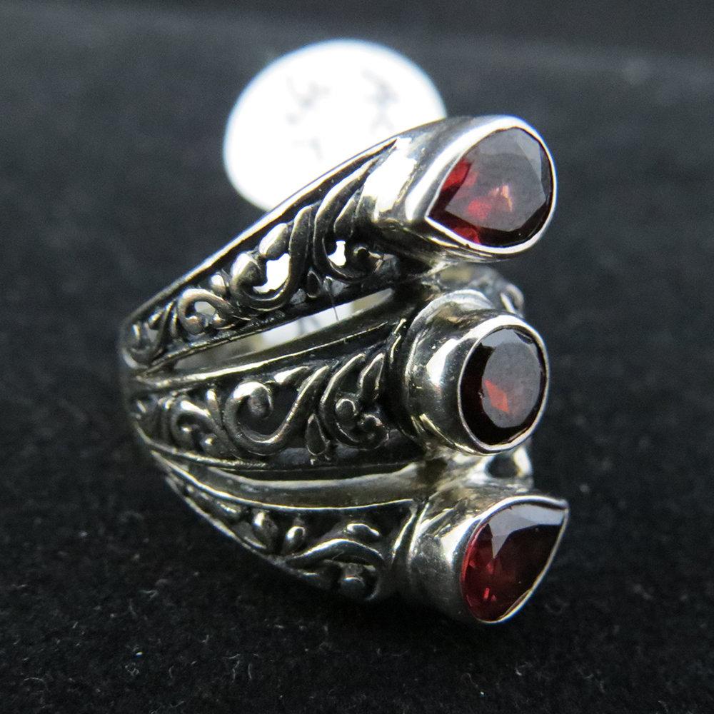 Sterling Silver Ornate 3 Garnet Ring
