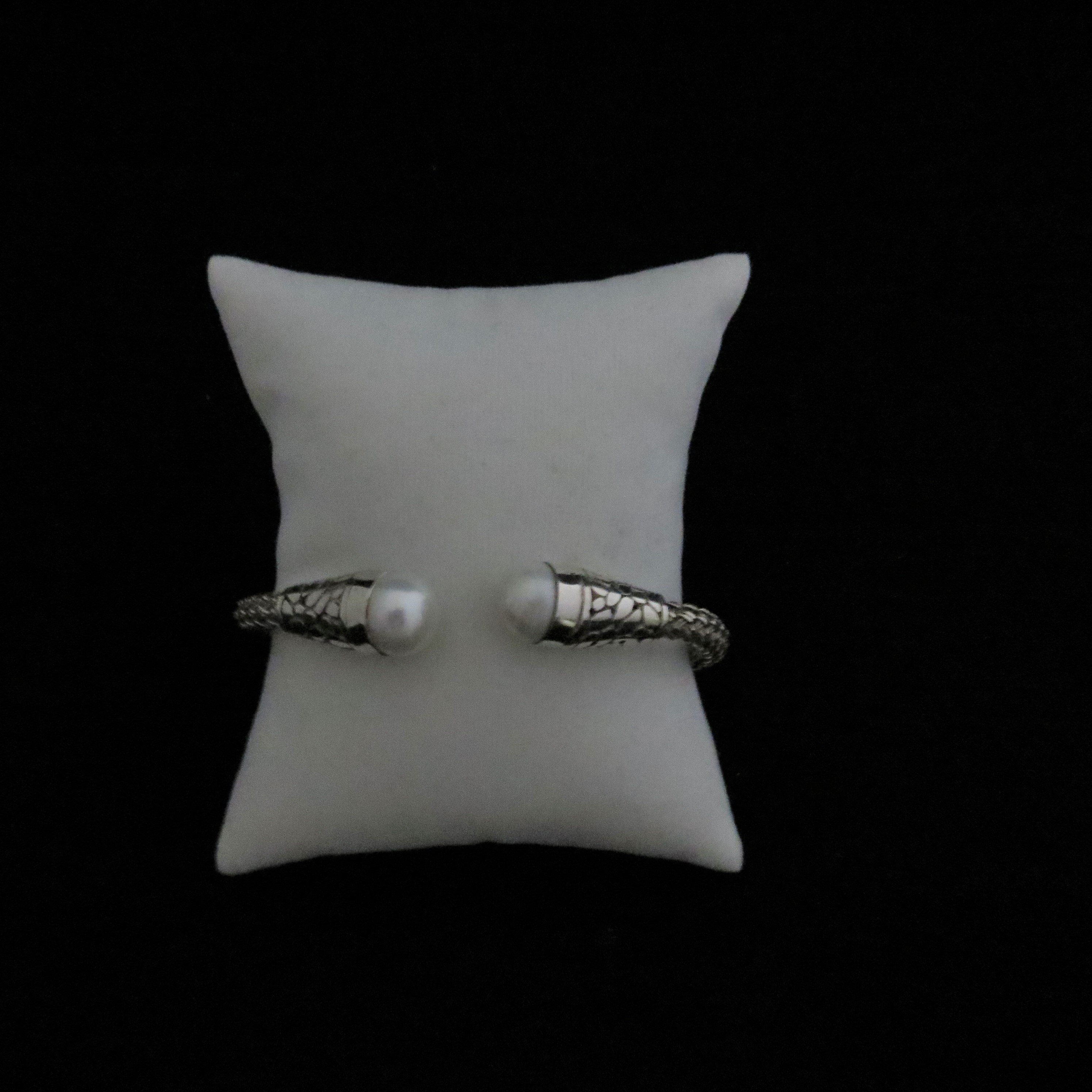 Sterling Silver Flexible Mabe Pearl Bangle BR-AGL-2414