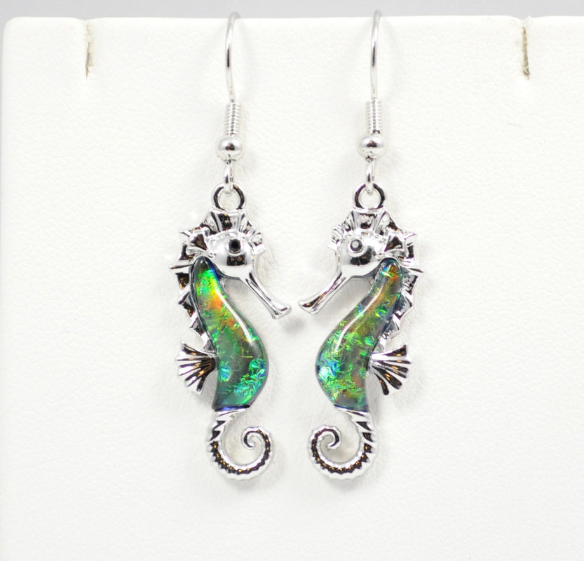 Sea Horse in Dark Ocean Green Earrings STE-66-G