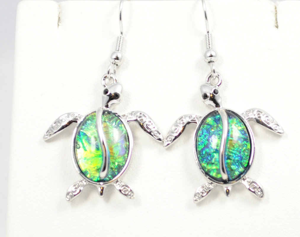 Sea Turtle in Dark Ocean Green Earrings STE-61-G