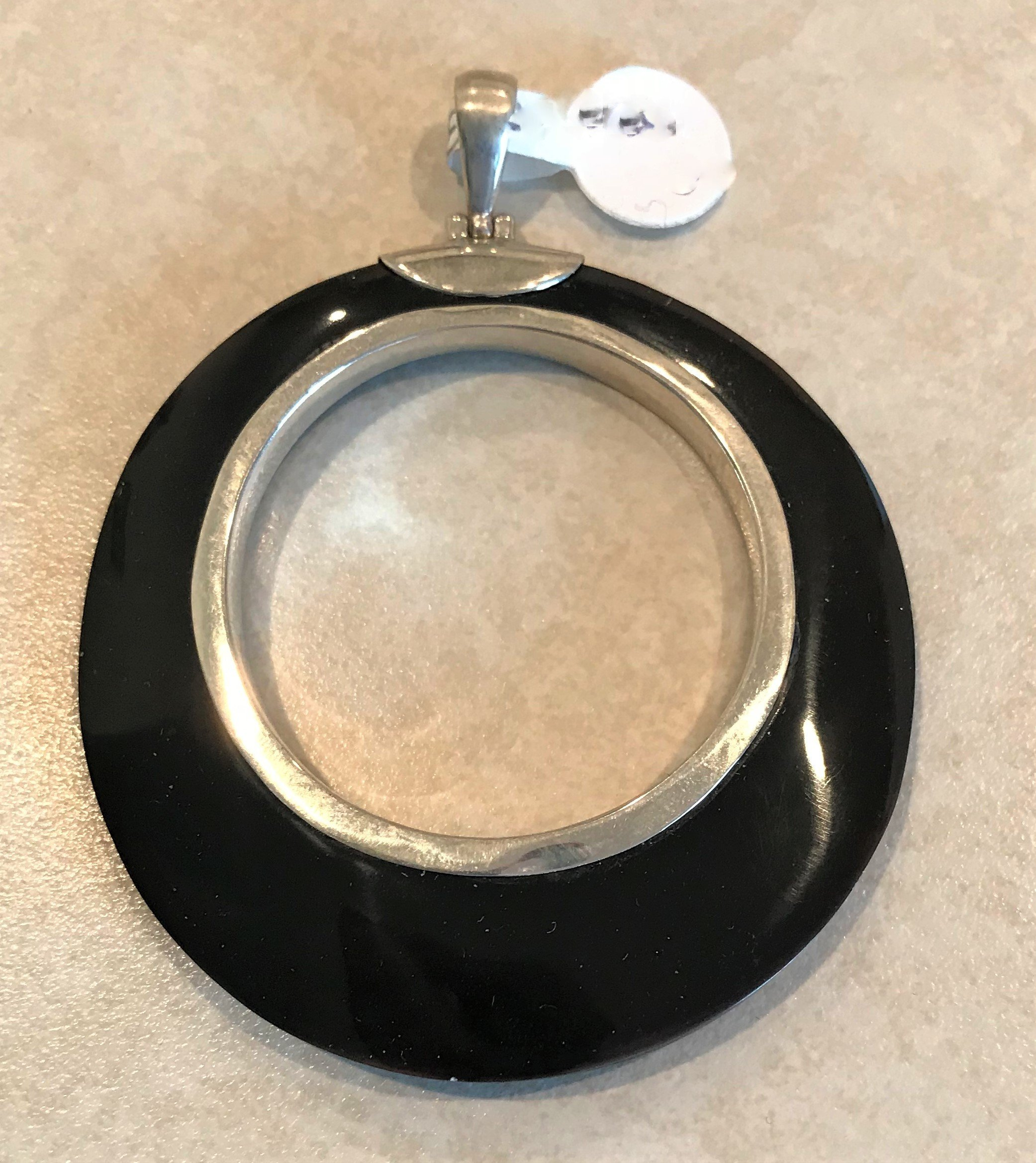 Sterling Silver Black Shell Round Open Pendant P-09099-Blk