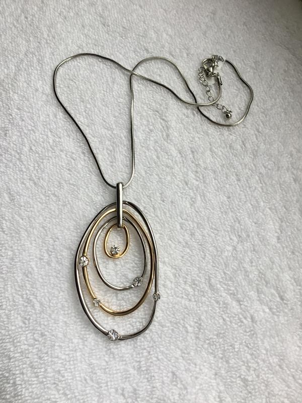 In-Orbit Oval Necklace
