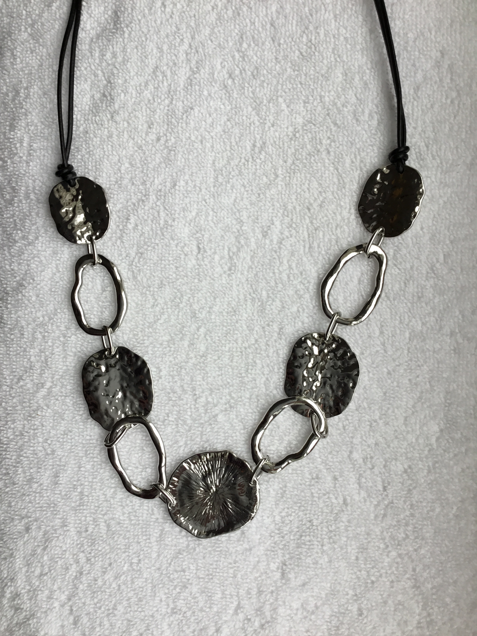 Leather Reversible Necklace with Lily Pad Design JNL-028-6893