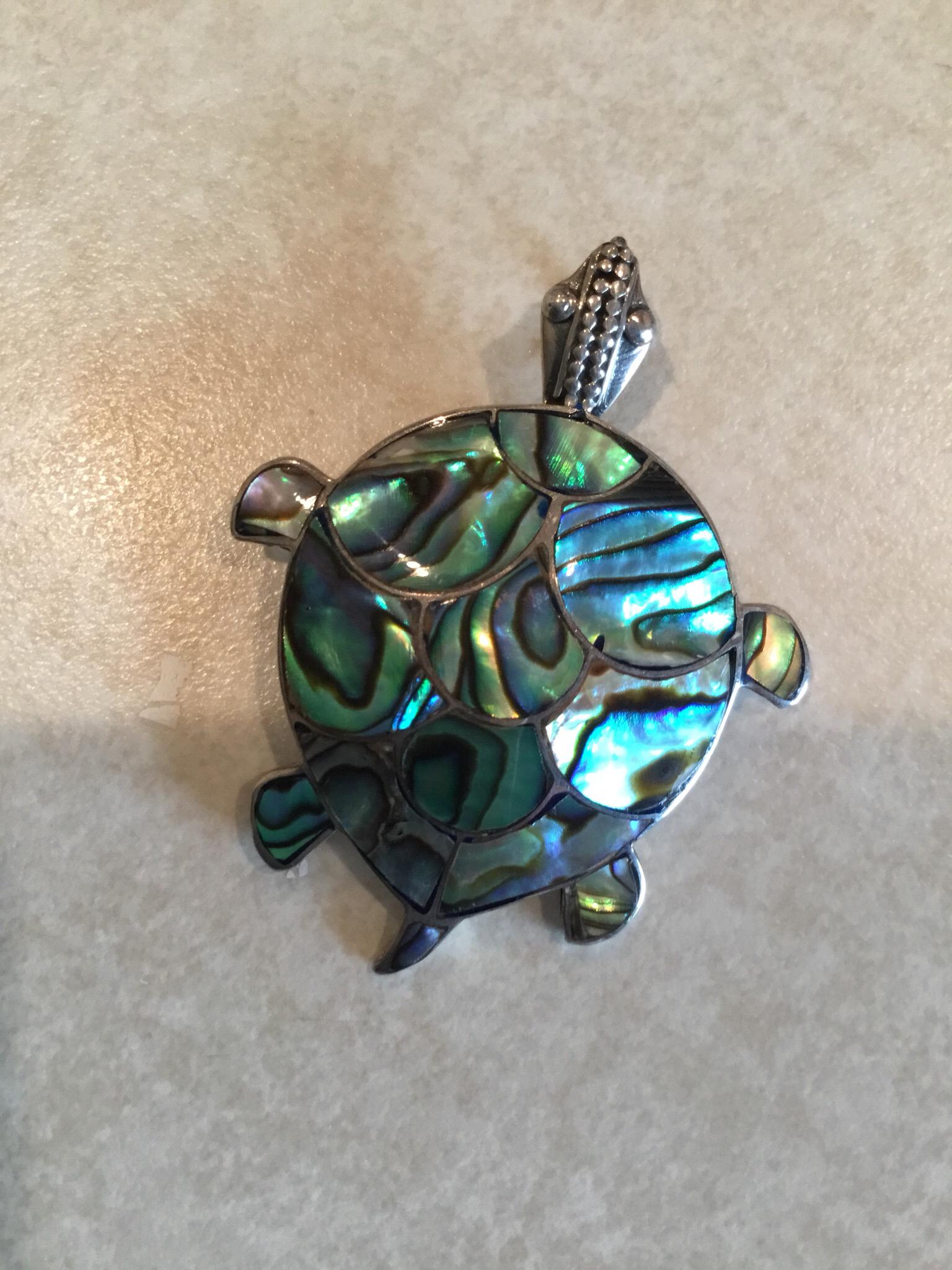 Abalone Handmade Turtle Pendant P-APD-2421
