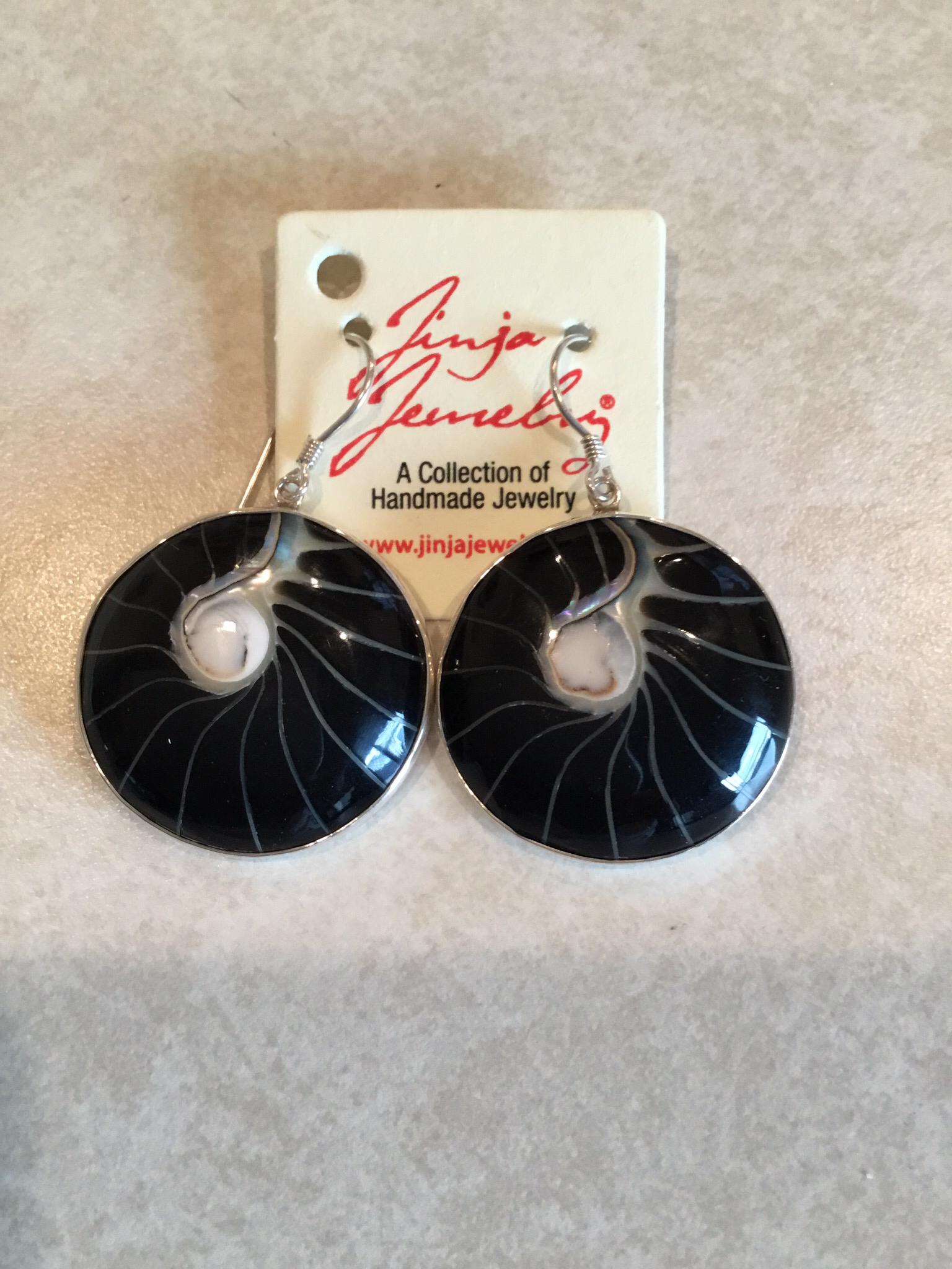 Sterling Silver Black Shell Earrings ER-09127-B