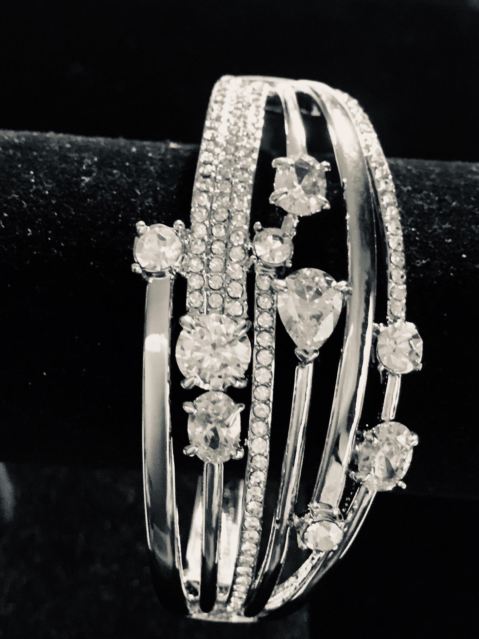 Silver Wide Multi-Crystal Bracelet 100-75341