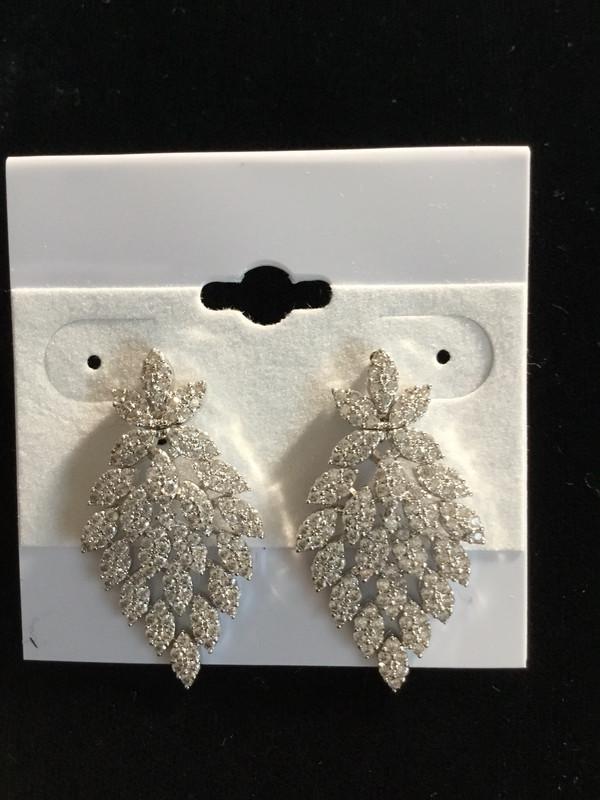 Silver Crystal V-designer Earrings