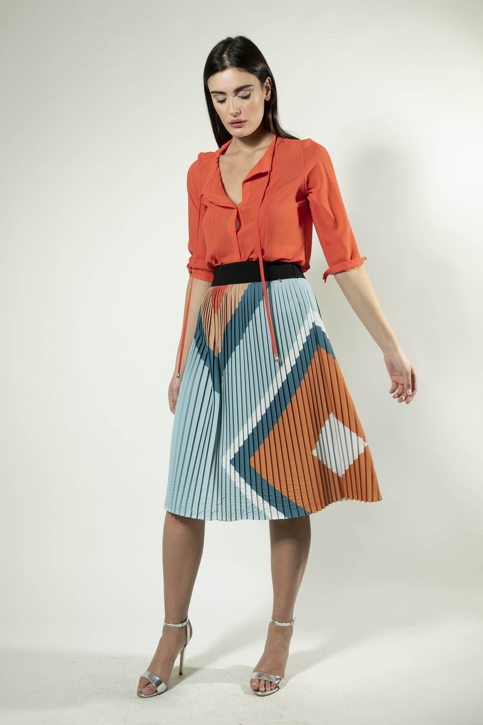 Pleated Diamond Skirt G&JSK014SS