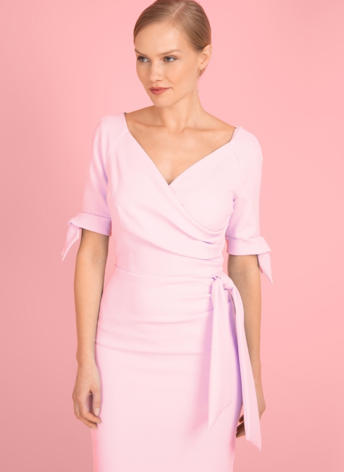 Hourglass Dress with Bows on Sleeves in Pale Pink