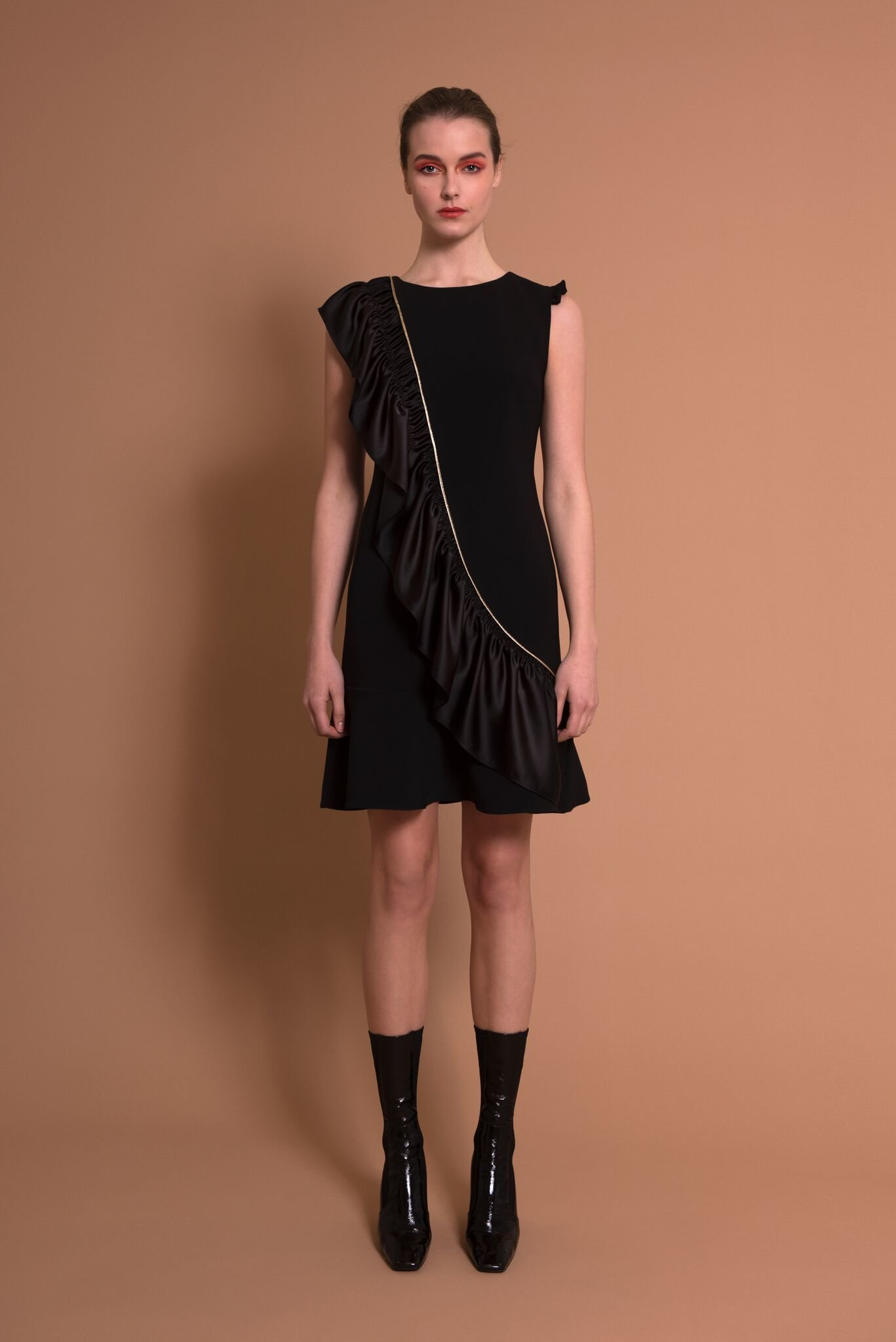 Sisters Genny Dress Black