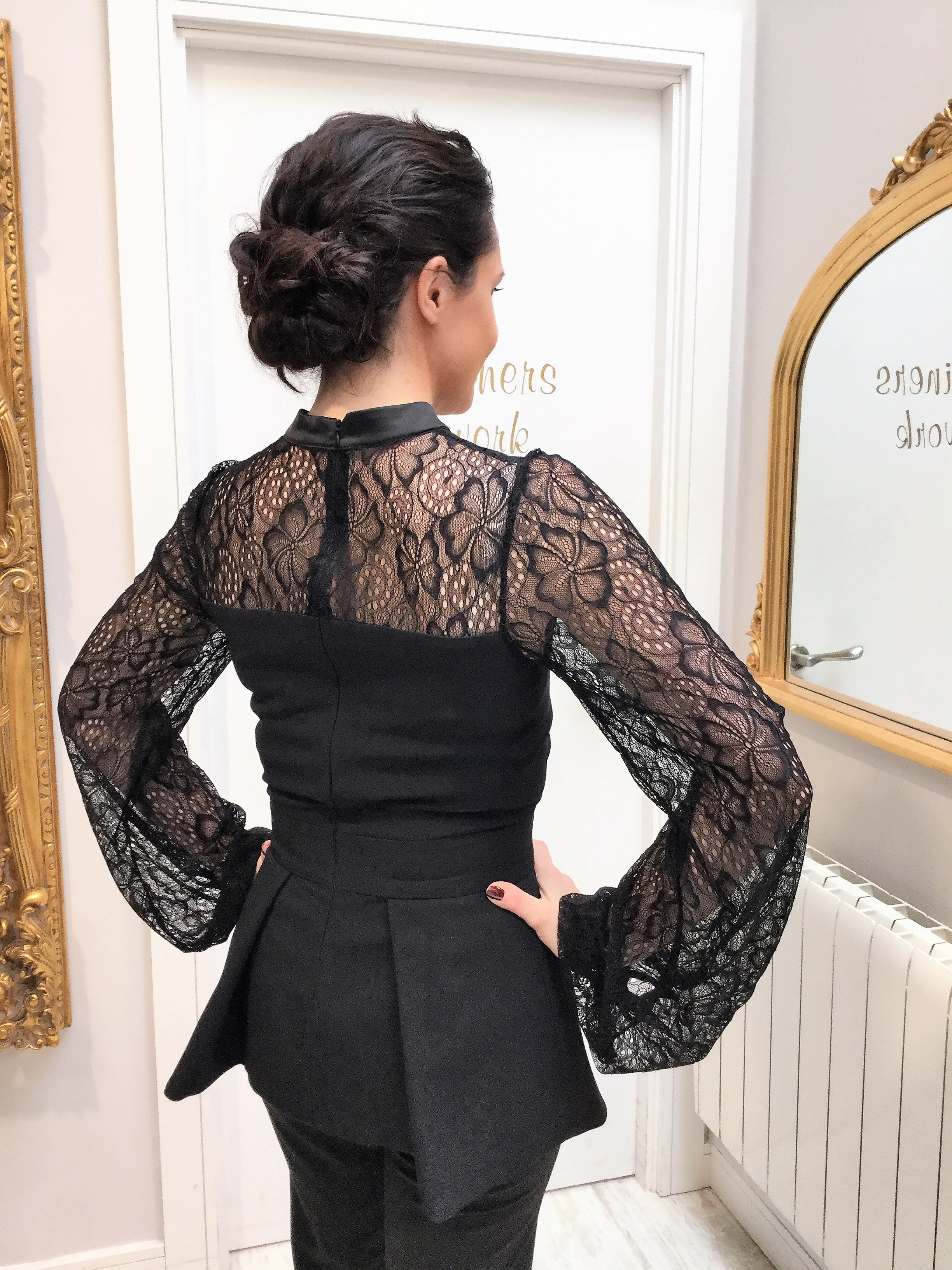 Valentina Top With Bow And Lace Sleeves Black