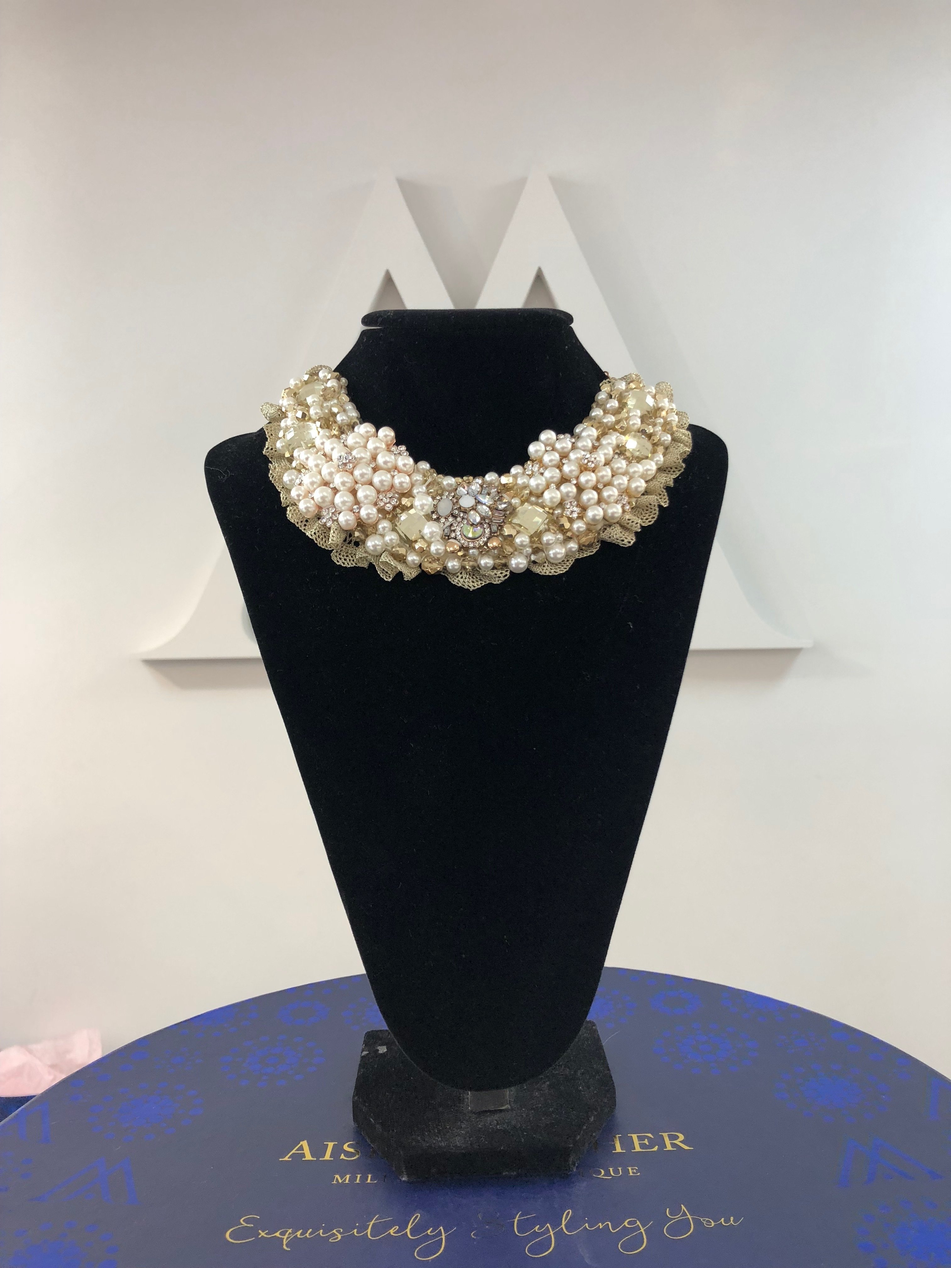 Aisling Maher Collar pearl/gold/bling