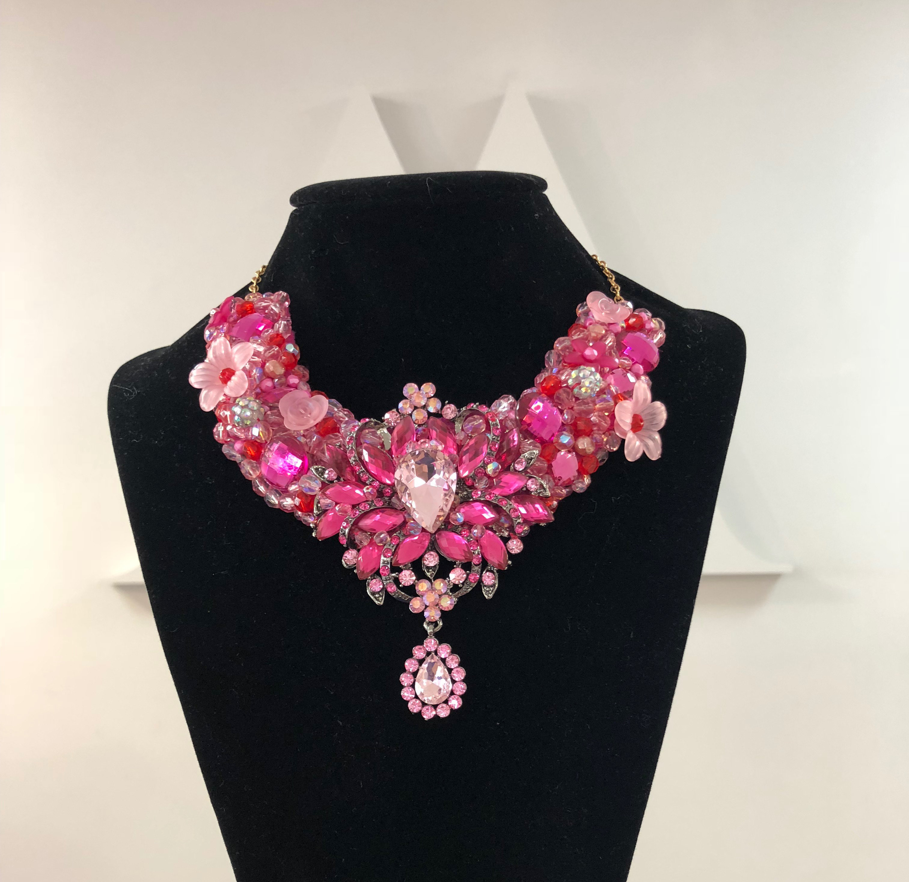 Aisling Maher Collar pink/cerise/red 2PMSNXXM5YVPW
