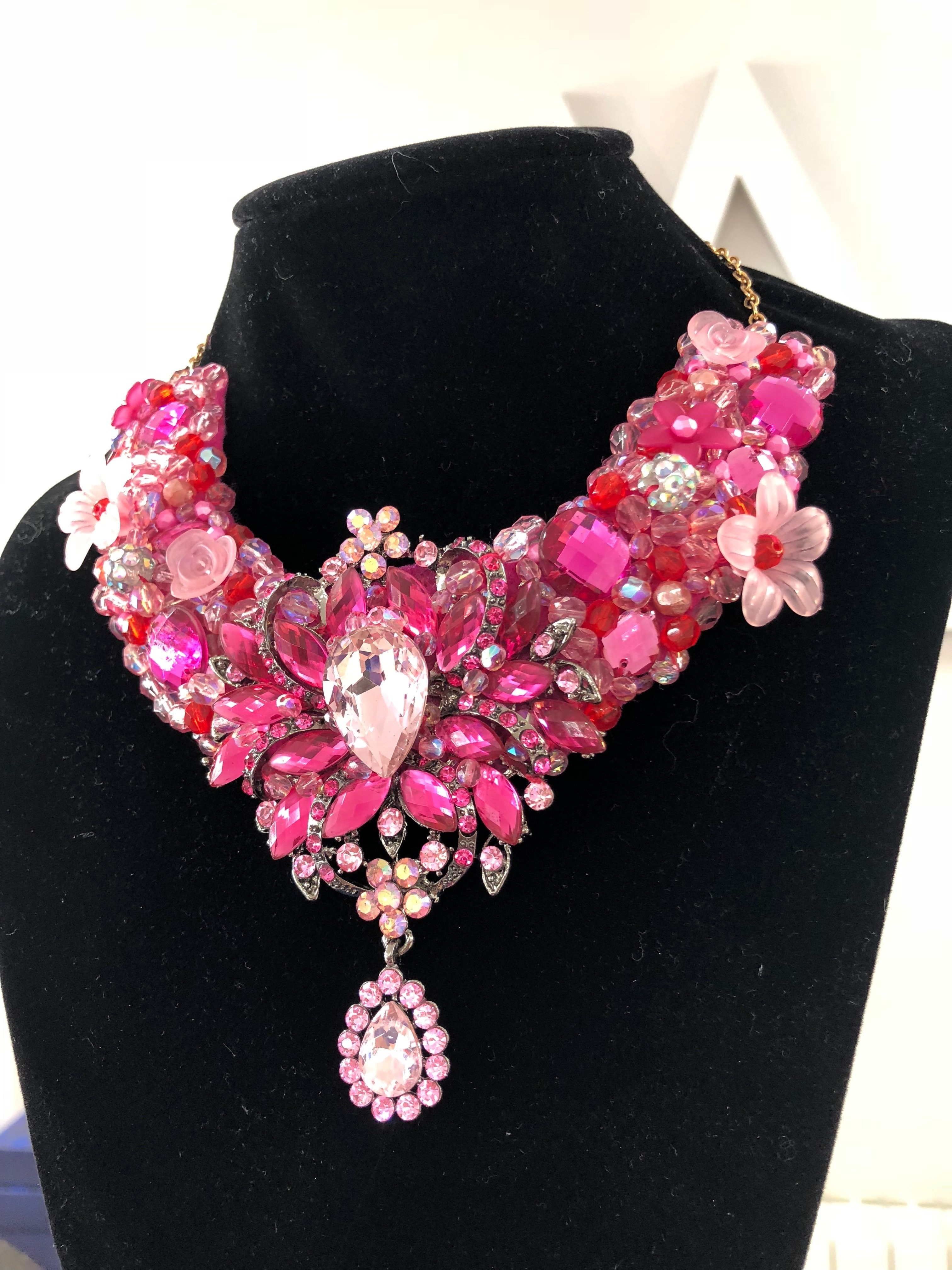 Aisling Maher Collar pink/cerise/red