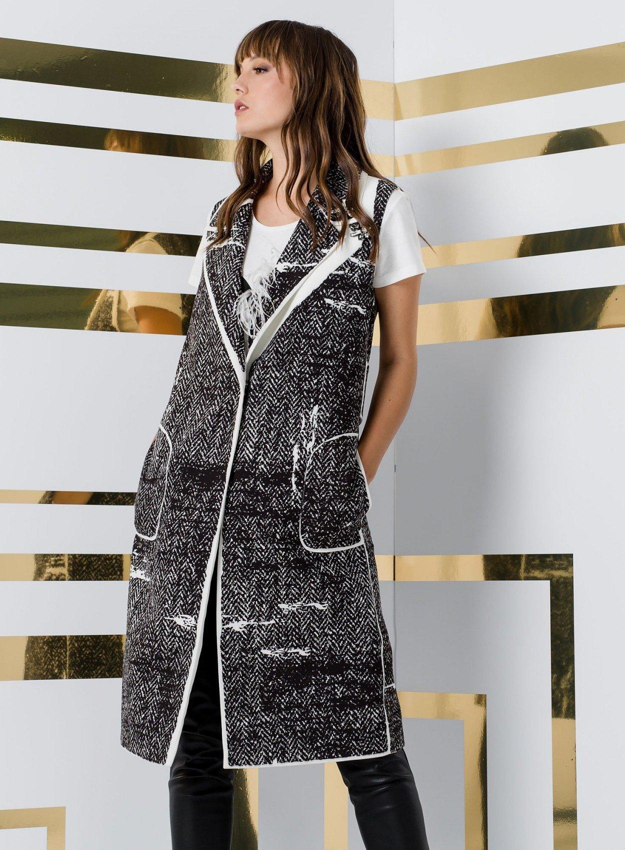 Sleeveless Jacket Black/White ACCJA28-1113