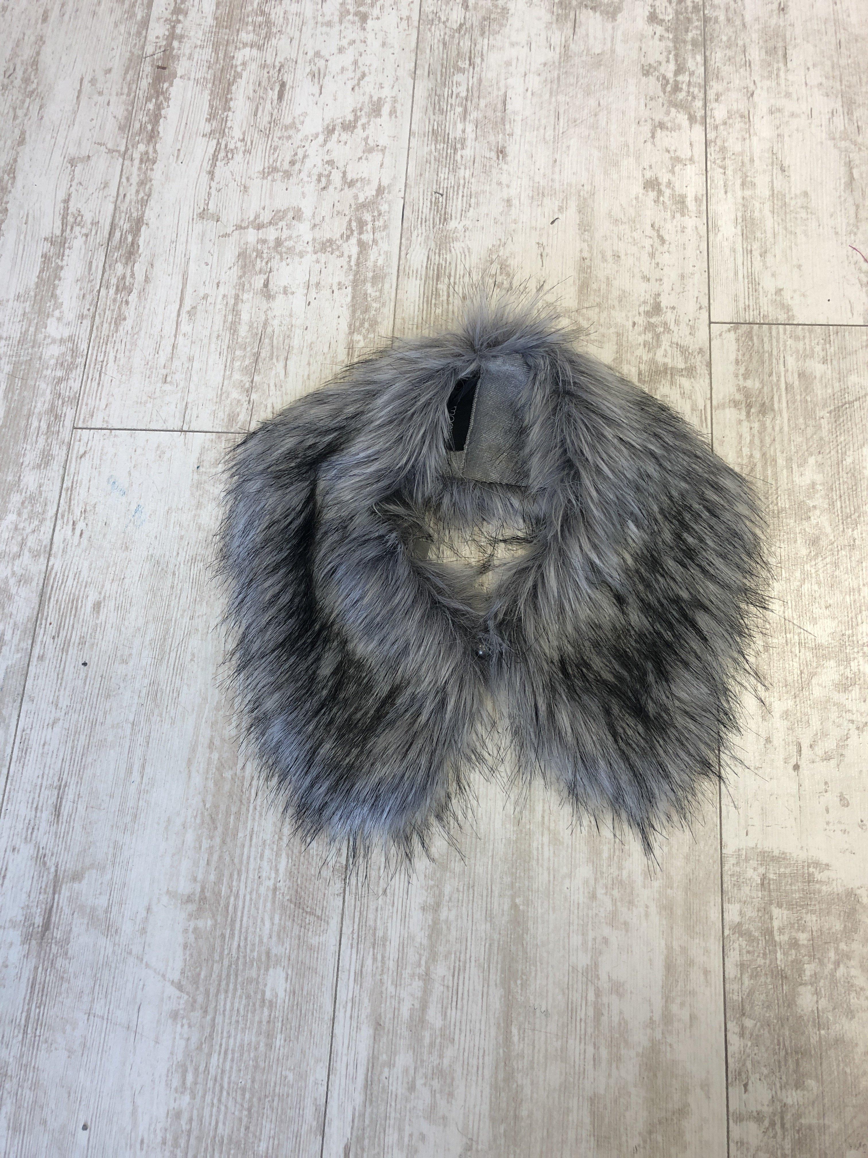 Helen Moore Shirt Collar Fur silver DE27A7DTQ3S68