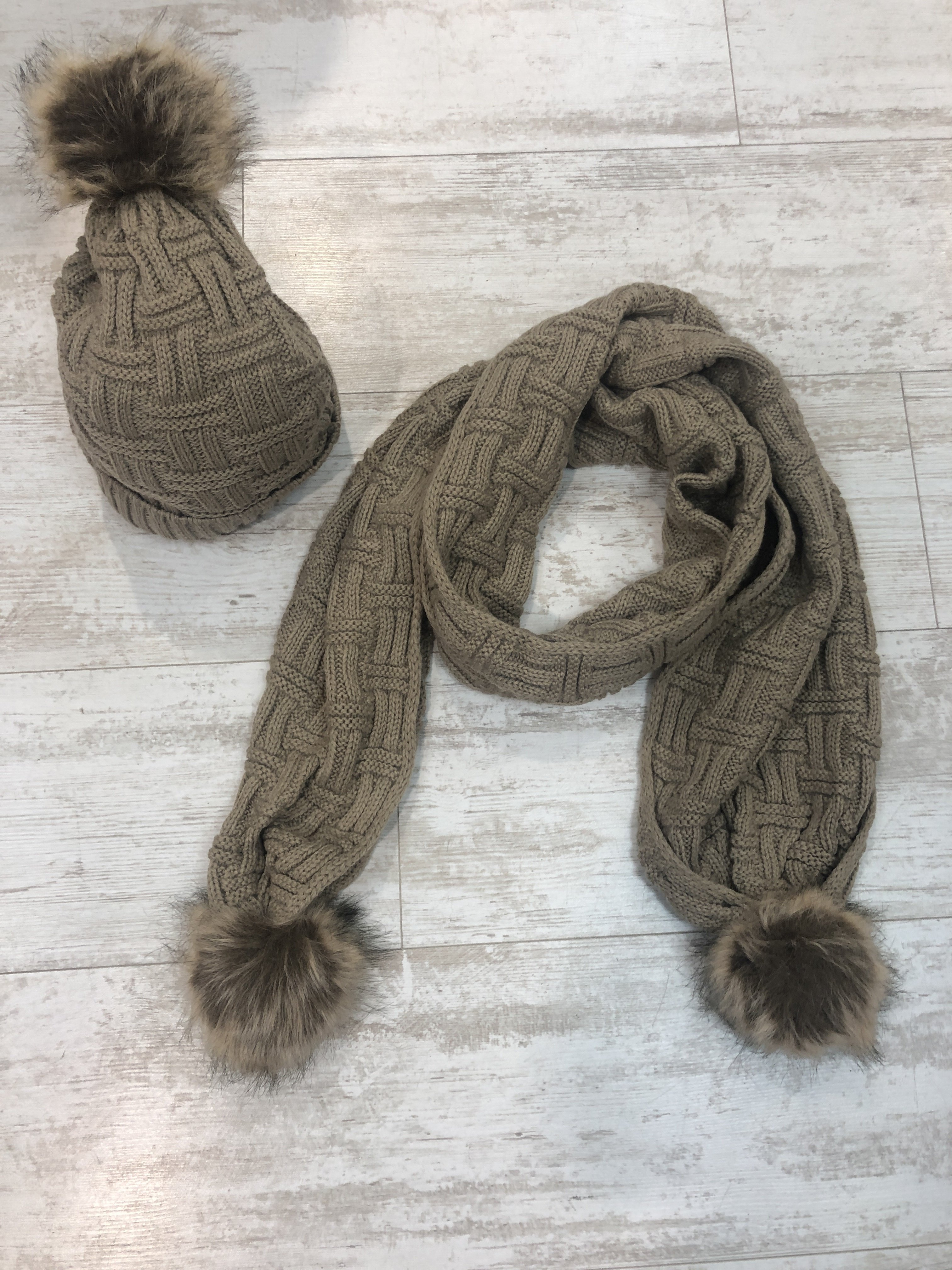 Hat And Scarf Set camel CE5FWVG0FCTB0
