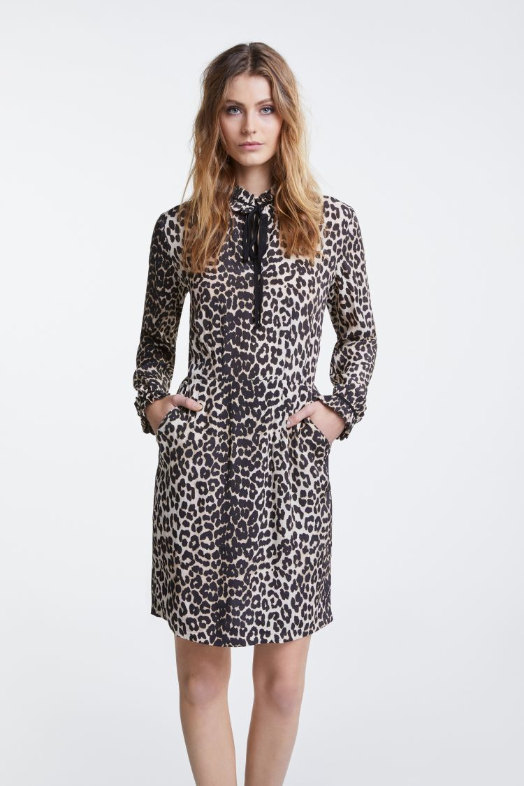 Leopard Print Dress with Ruffle Detail at the neck and cuff OUIDRLEO
