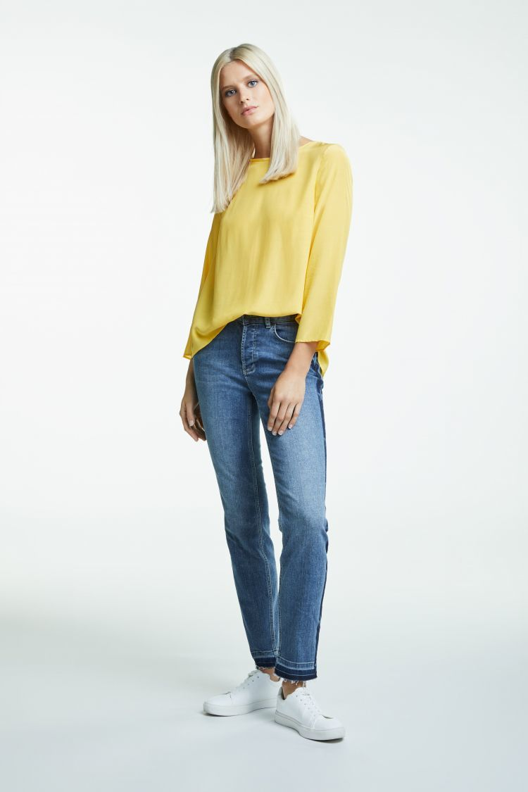 Yellow Top with 3/4 Sleeves and Dipped Hem OUITOPYEL