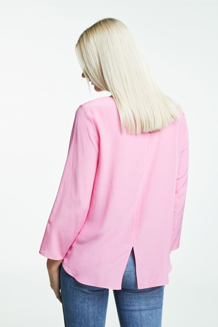 Light Pink Top with 3/4 Sleeves and Dipped Hem