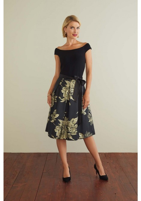 Black and Gold Dress with Full Skirt GBBKGDDR