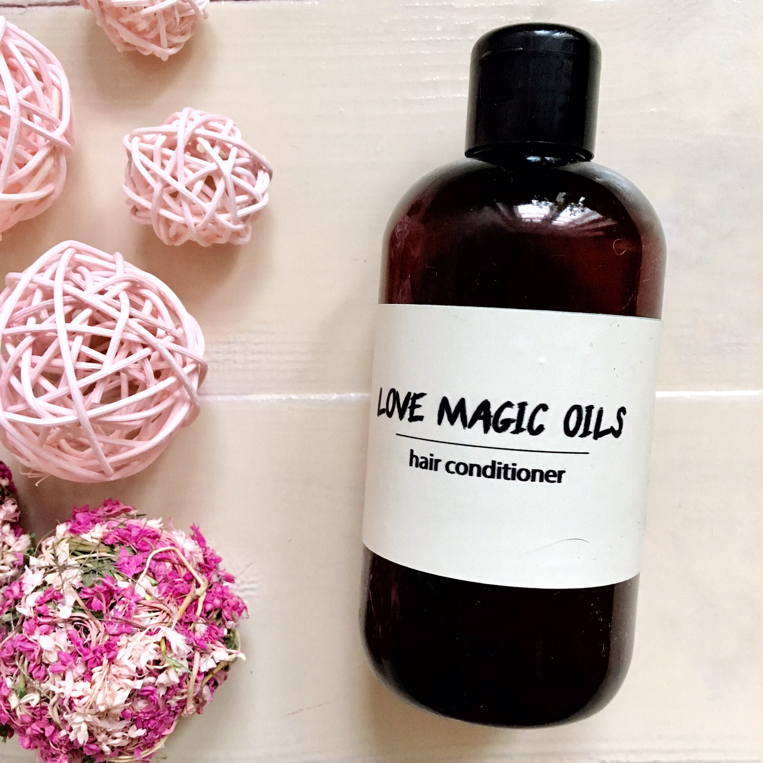 Love Magic Oils (hair conditioner)