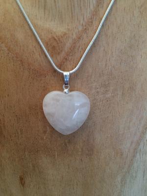 Pendentif coeur quartz rose