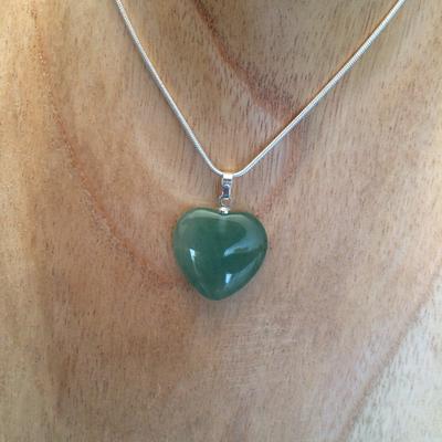 Pendentif coeur en aventurine verte