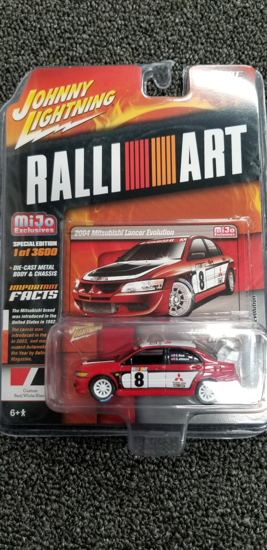 Johnny Lightning - Ralli-Art - 2004 Mitsubishi Lancer Evolution (Red)