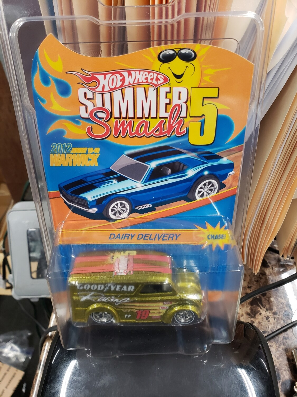Summer Convention Series 10th Anniversary Dairy Delivery - Hot Wheels Summer Smash