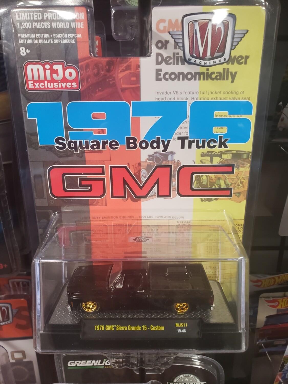 M2 Silverado Exclusive Black Silverado