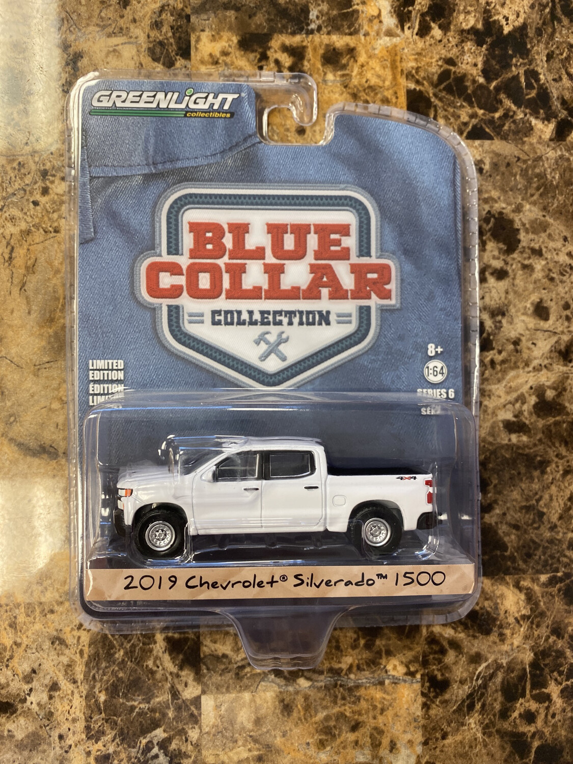 Greenlight-Blue Collar 2019 Chevrolet Silverado 1500