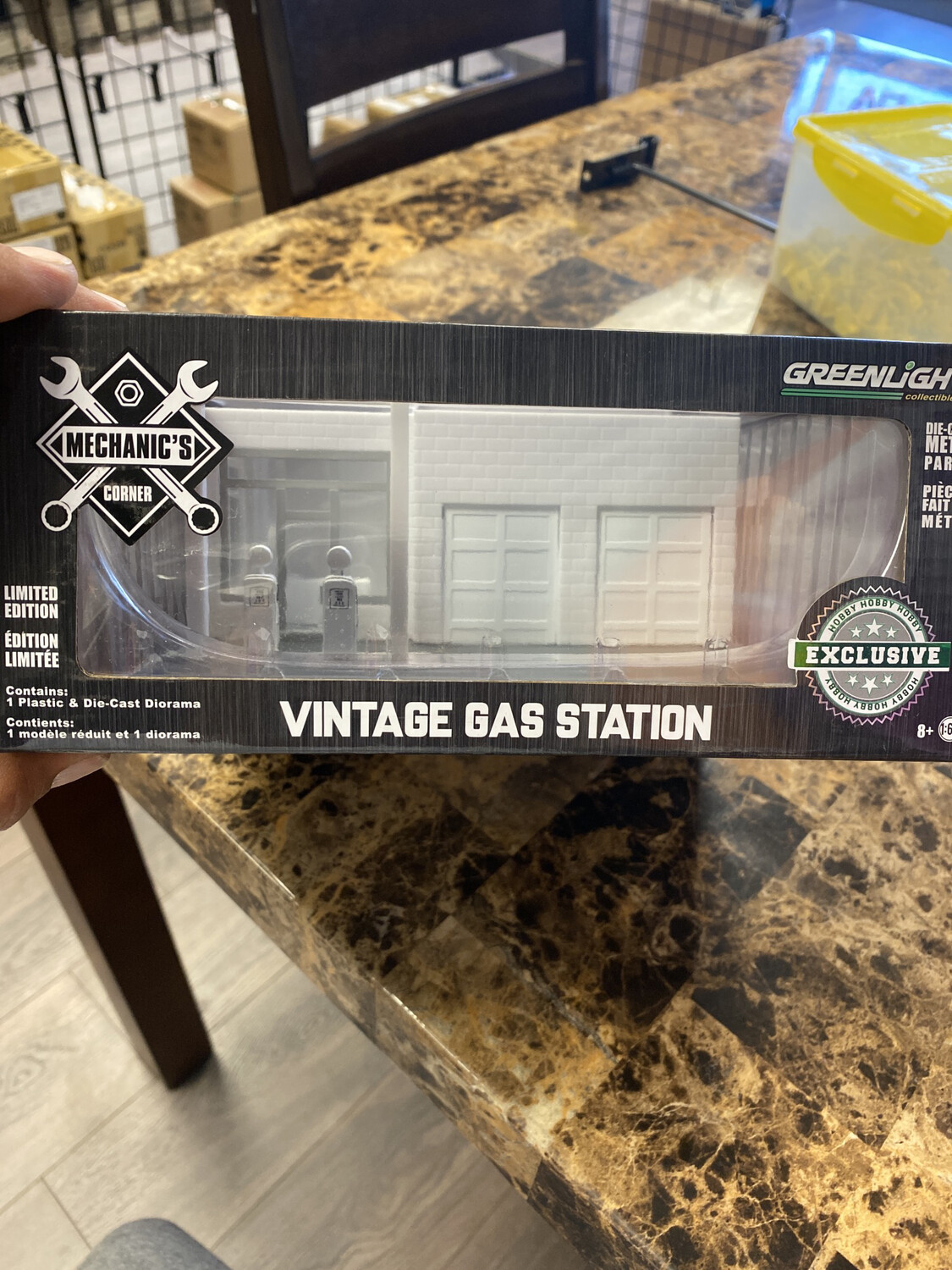 Greenlight-1/64 Scale Vintage Gas Station