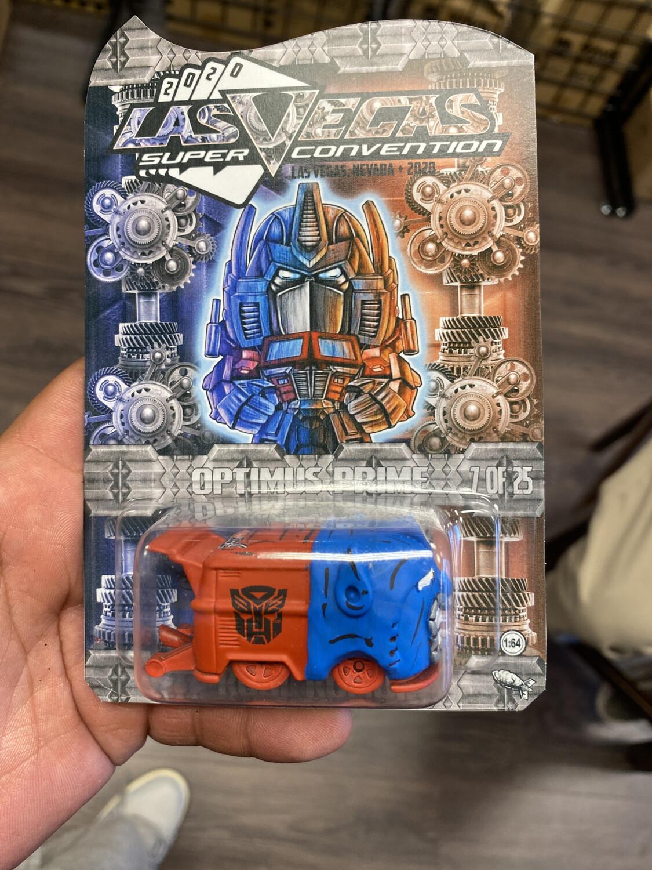 2020 ToyCon Las Vegas Optimus Prime Hand Clayed Kool Kombi