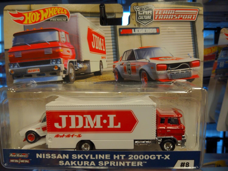 Hot Wheels - Team Transport - Nissan Skyline HT 2000GT-X Sakura Sprinter