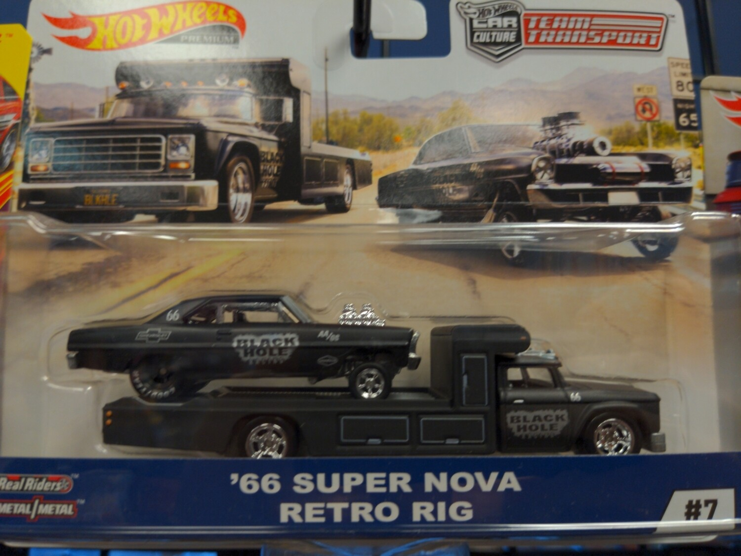 Hot Wheels - Team Transport -  66 Super Nova Retro Rig