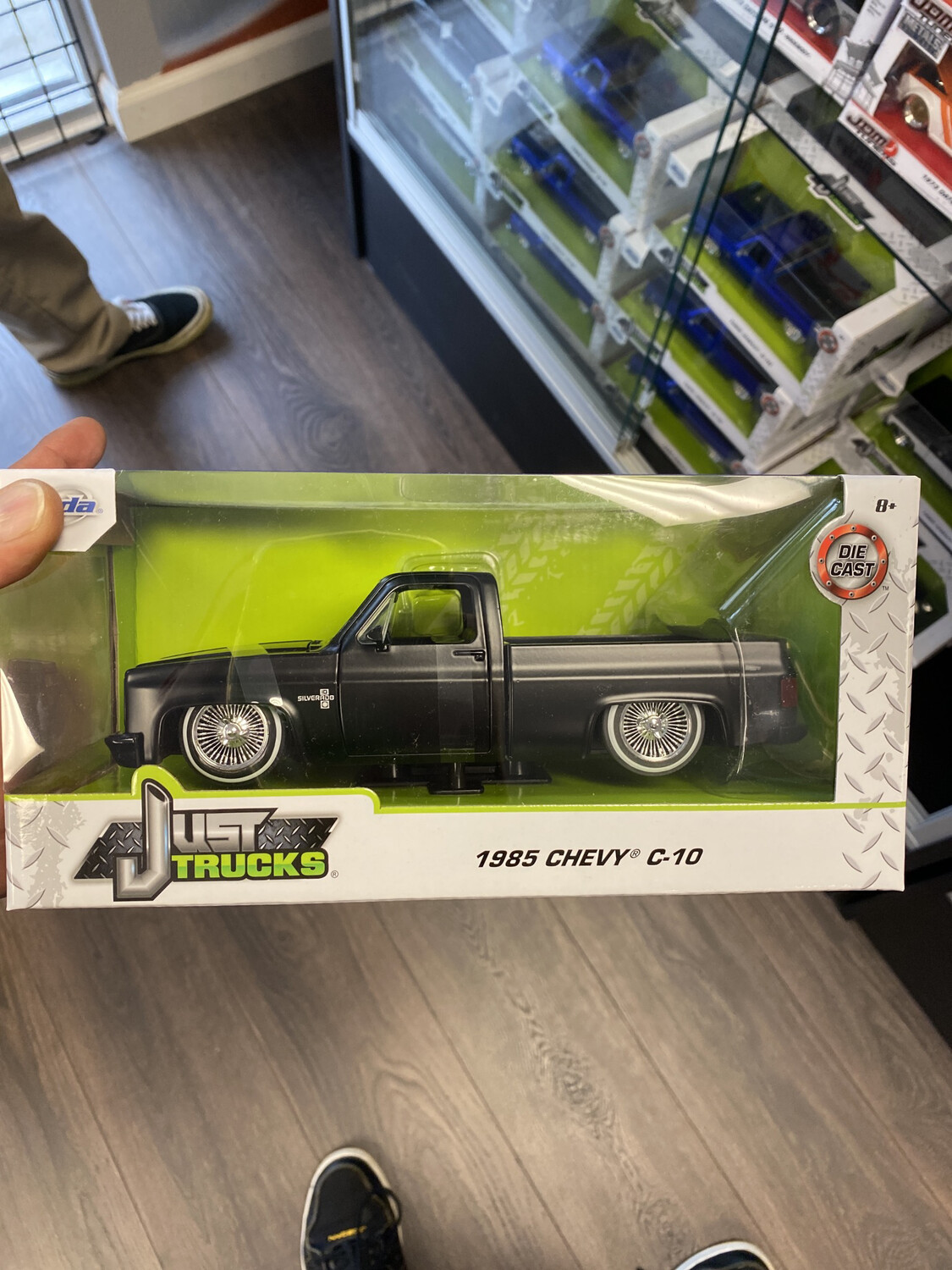 1/24 Scale 1985 Chevy C-10