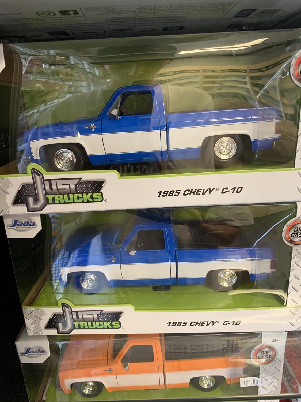 1/24 Scale Jada 1985 Chevy C10 Blue Stock