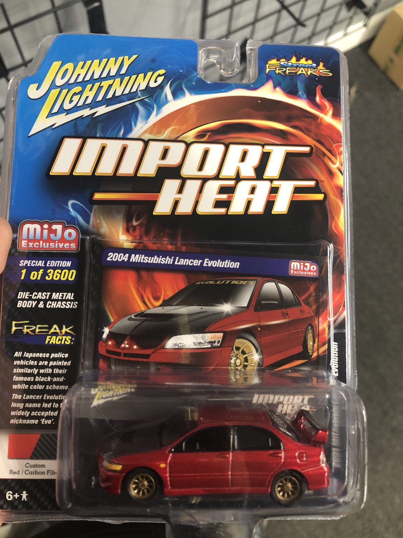 Johnny lightning-Import Heat-2004 Mitsubishi Lancer Evolution