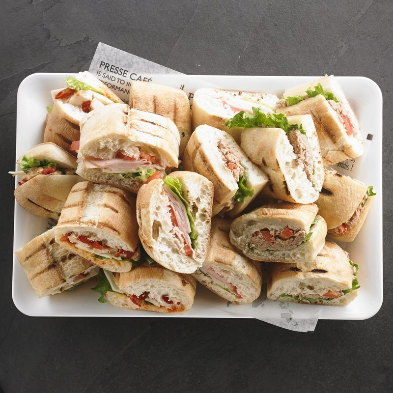 An assortment of Presswiches for 8 people / Price per person