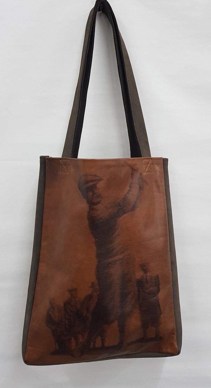 Bruine lederen tas met print - uniek