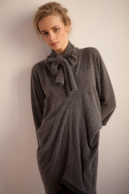 Платье из альпаки UB Сollection