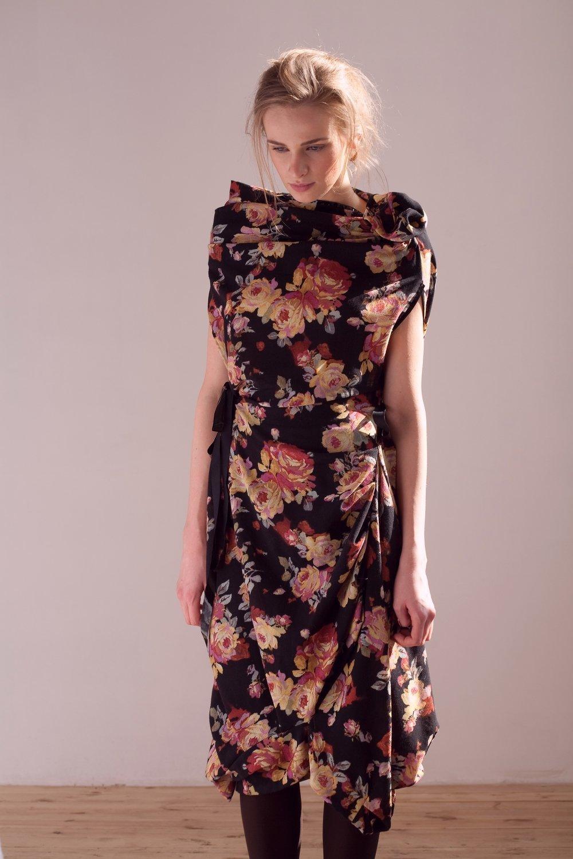 Платье шерстяное UB Сollection