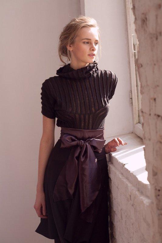 Джемпер из тонкого кашемира и юбка шелковая UB Сollection