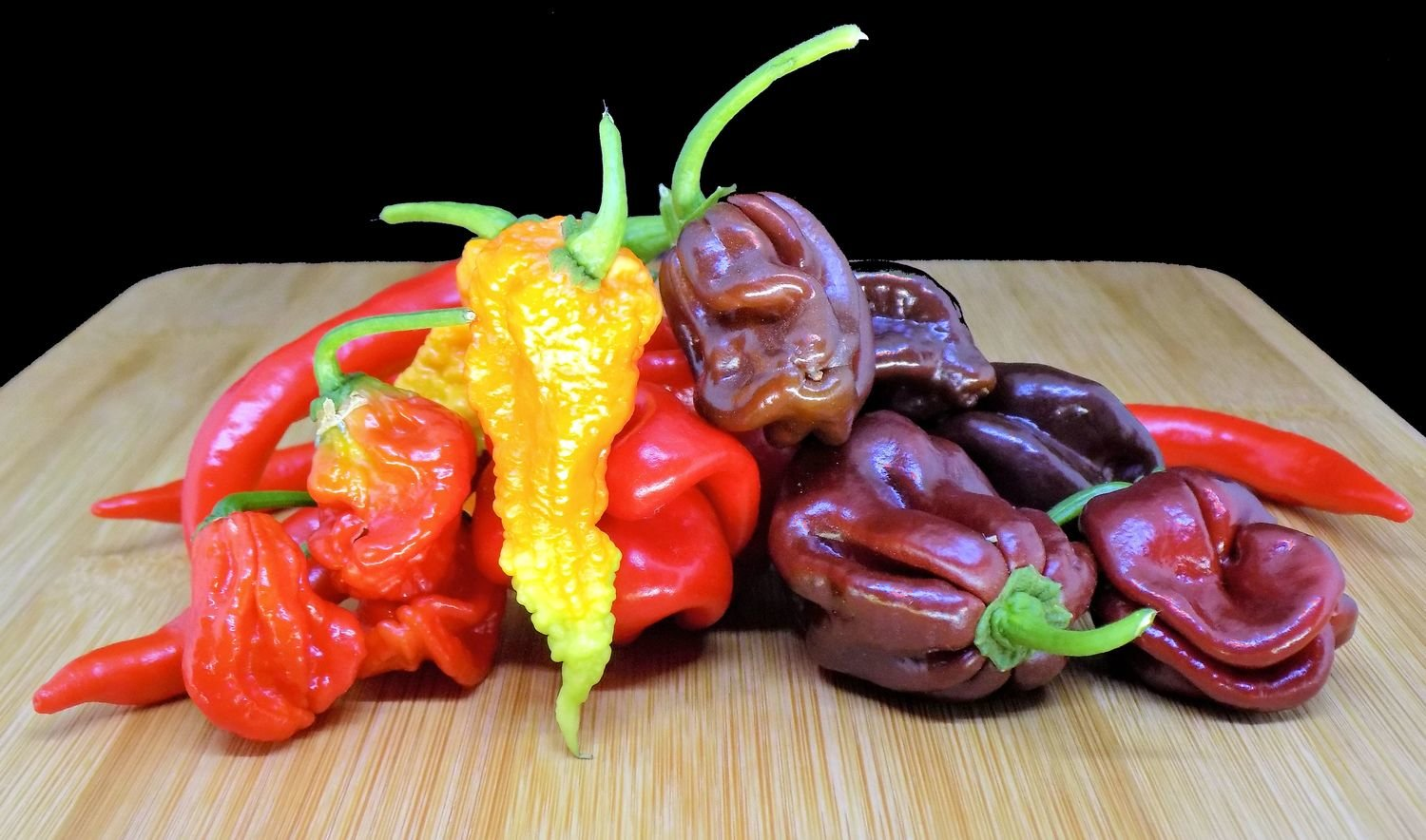 200g Mixed Box of Hot Chillies