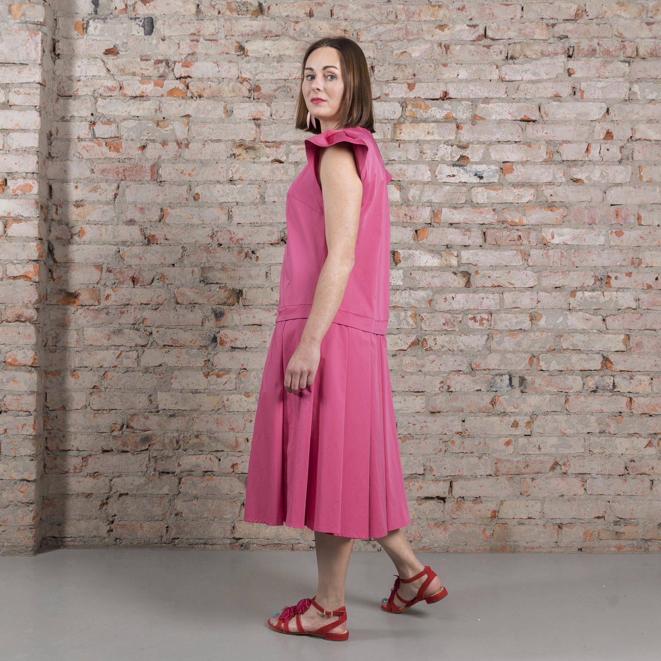Платье розовое 00018