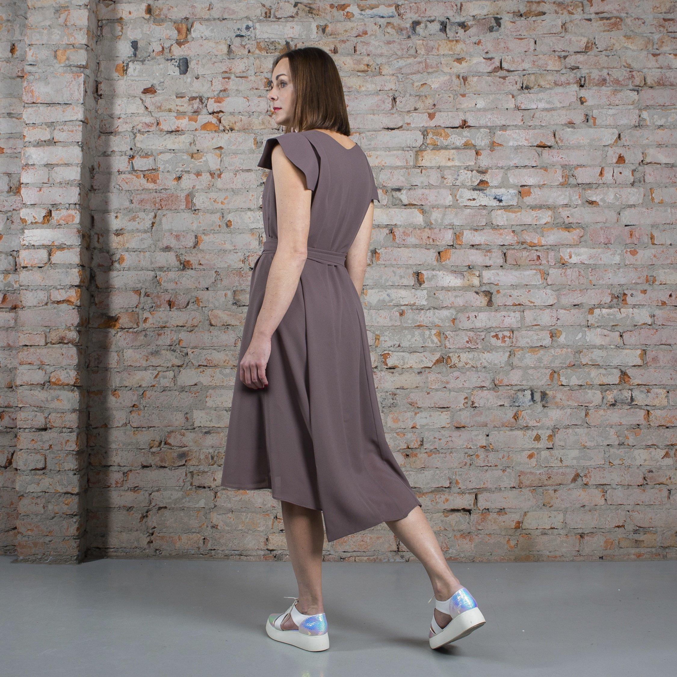 Платье табачное с крыльями 00022