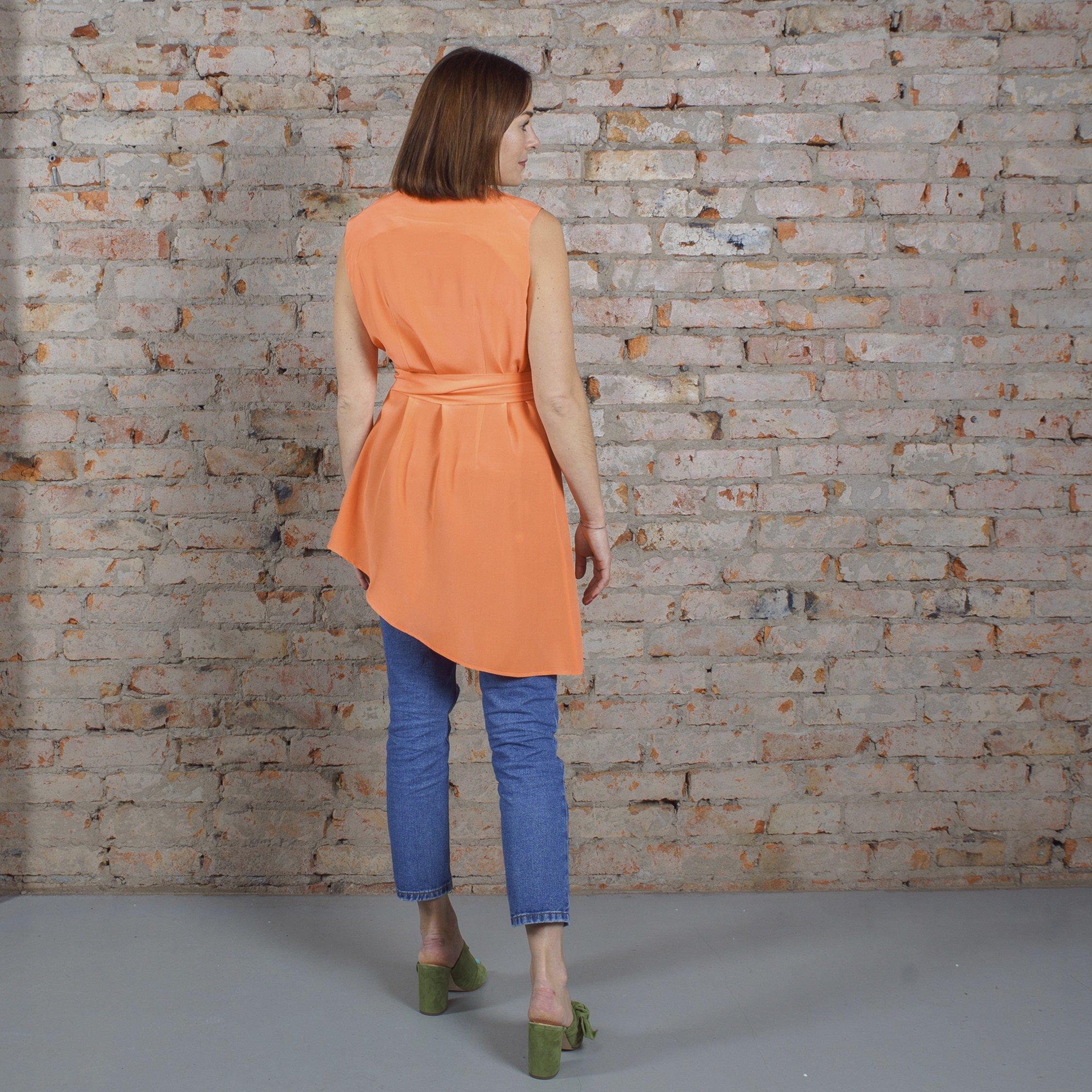 Блуза оранжевая