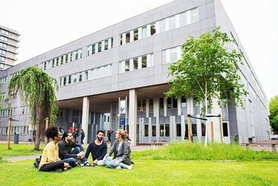Humanities Research: Linguistics (VU - Yüksek Lisans)