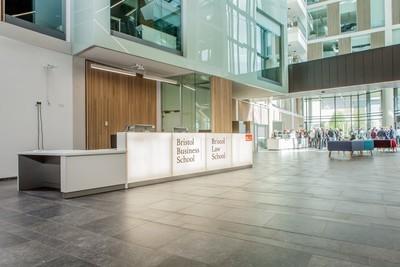 International Business (UWE Bristol - Lisans)